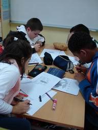 Programa de ràdio de l'En Vers 2008, realitzat pels alumnes del CEIP Anselm Clavé.