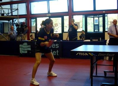Catalunya 2 - Grècia 3. La selecció catalana de tennis taula cau a Ripollet .