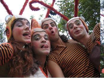 FESTA MAJOR 2008: Espectacle infantil al ritme dels Beatles.