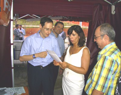 La presidenta del PP català, Alicia Sánchez Camacho, visita Ripollet.
