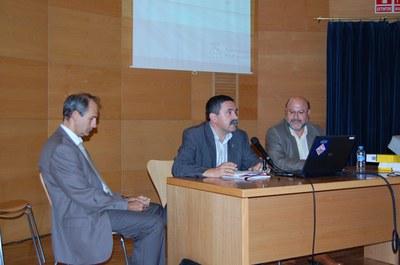 La Cambra de Comerç de Sabadell presenta un estudi sobre els hàbits de compra dels ripolletencs.