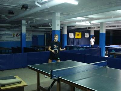 ripollet-esp-tennistaula-071108.JPG