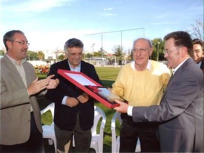 El Club de Futbol del Ripollet presenta l'alineació per aquesta temporada.