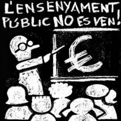 Ampli seguiment a Ripollet de la vaga de l'educació pública.
