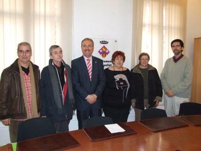L'Ajuntament i l'Associació d'afectats per l'amiant signen un conveni de col·laboració.