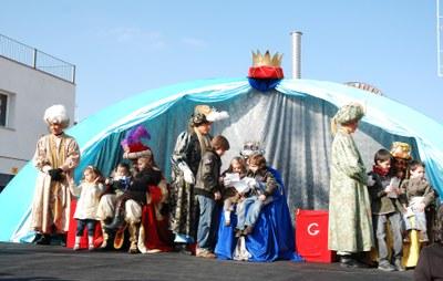 Els Reis Mags d'Orient recullen les cartes dels nens de Ripollet.