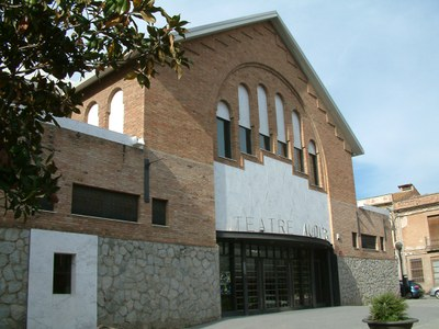 Teatre i música a l'Auditori a càrrec del Quadre Escènic del Casal d'Avis.