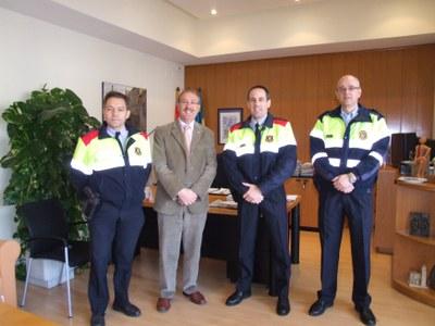 El nou cap de l'Àrea Bàsica Policial de Cerdanyola visita Ripollet.