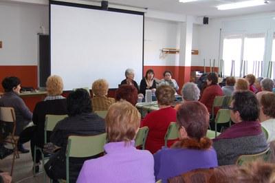 L'Associació Jaume Tuset presenta '10 dones no van voler ser dones ideals'.