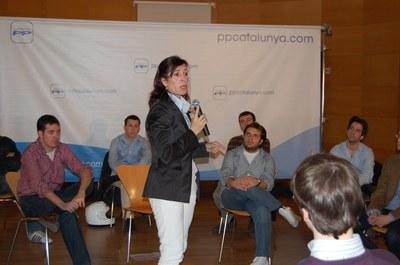 La presidenta del PPC inaugura a Ripollet una jornada de Noves Generacions.