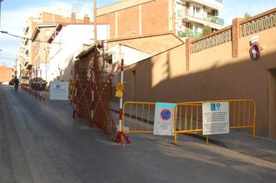 Es reforma el carrer de Padró amb paviment antilliscant.