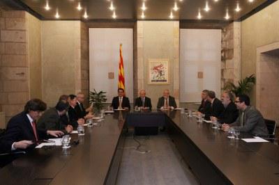 La Generalitat augmentarà el suport als ajuntaments en els pressupostos del 2010.