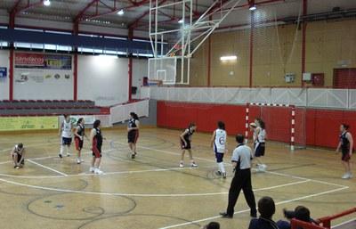 El Club Bàsquet Ripollet busca jugadores pels seus equips.