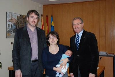 L'Abel Àlvarez, primer nadó ripolletenc i vallesà de 2008.