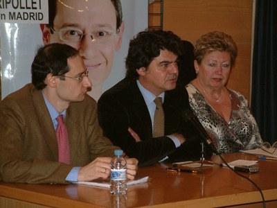 El candidat del PP per Barcelona, Jorge Moragas, visita Ripollet .