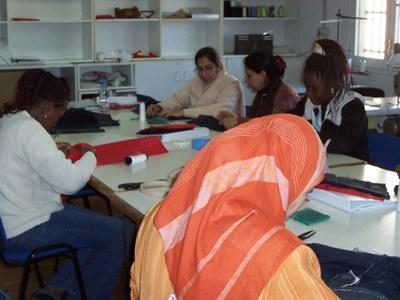 Finalitza un curs de costura al Patronat Municipal d'Ocupació.