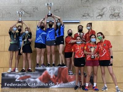 L'equip femení del CTT Ripollet s'imposa en el Campionat de Catalunya per comarques. Fotos: Federació Catalana de Tennis Taula, CTT Ripollet i Ramón Argenté..