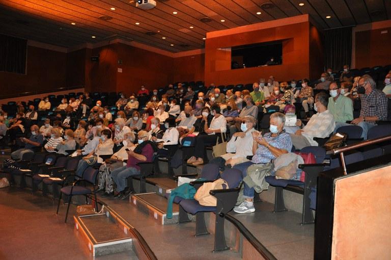 ripollet-edu-Aula-Extensio-Universitaria-presentacio-051021-1.JPG